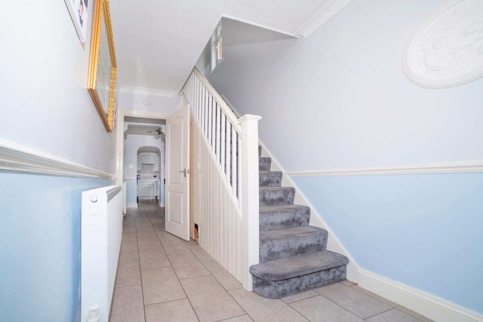 2. Staircase.jpg